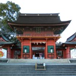 Fujinomiya_Hongu_Sengen_Taisha_Roumon_Wikipedia_by_Ennui